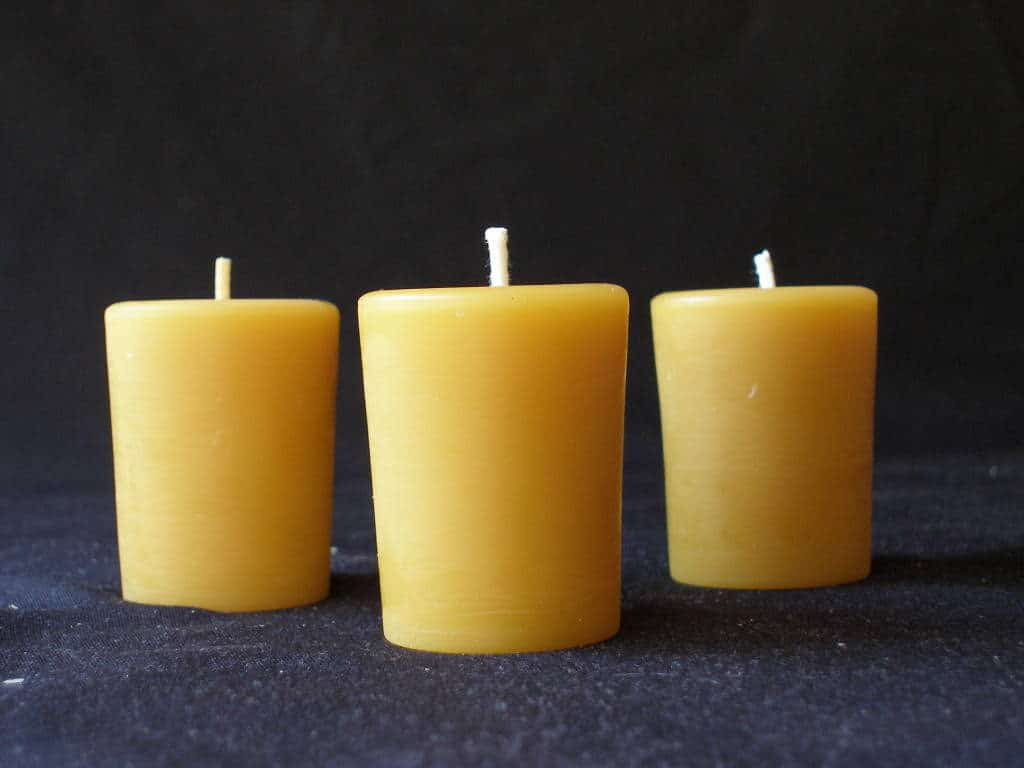 Raw Beeswax Candle